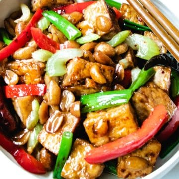 Crispy tofu, roasted peanuts, celery, red bell pepper, chilis and scallions are tossed in a sweet and spicy sauce.